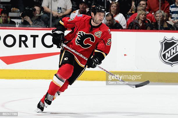 Robyn Regehr of the Calgary Flames skates against the Minnesota Wild on February 27 2009 at Pengrowth Saddledome in Calgary Alberta Canada The Flames...