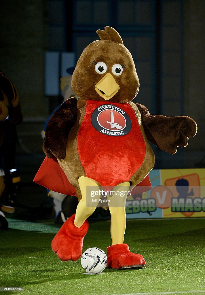 Robyn the Robin, mascot of Charlton Athletic during the shoot out as...  News Photo - Getty Images