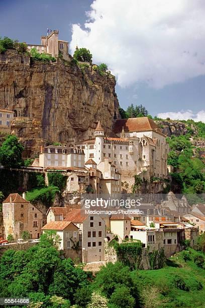rocamadour castle on a hill, dorgogne river valley, perigord region, france - ペリグー ストックフォトと画像