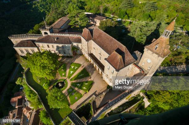 rocamadour sanctuary in france - rocamadour stock pictures, royalty-free photos & images