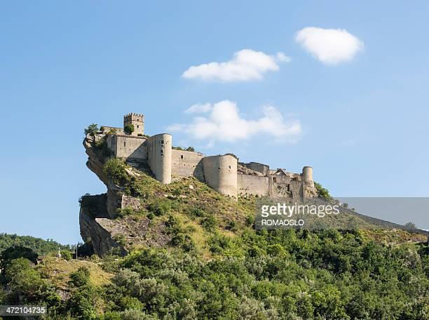Castello Roccascalegna nella provincia di Chieti, Abruzzo Italia