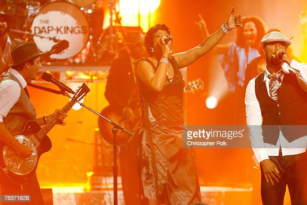 Rocco DeLuca, singer Macy Gray and rapper Common perform during the 2007 ESPY Awards at the Kodak Theatre on July 11, 2007 in Hollywood, California.