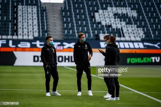 Rocco Reitz Christoph Kramer Florian Neuhaus and Patrick Herrmann of Borussia Moenchengladbach are seen before the Bundesliga match between Borussia...