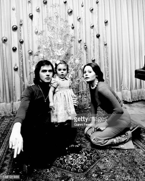 Rocio Durcal and Antonio Morales on Christmas Day with their daughter Shaila 25th December 1977 Madrid