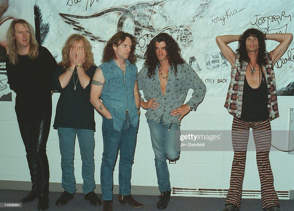 """Aerosmith"" Backstage Portrait : News Photo"