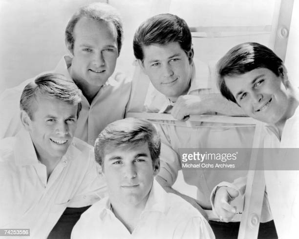 Rock and roll band 'The Beach Boys' pose for a portrait in 1964 Clockwise from left Al Jardine Mike Love Brian Wilson Carl Wilson Dennis Wilson