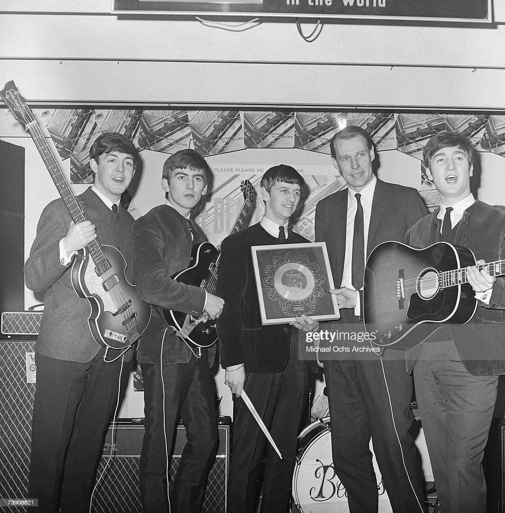 Beatles With Their Producer : News Photo