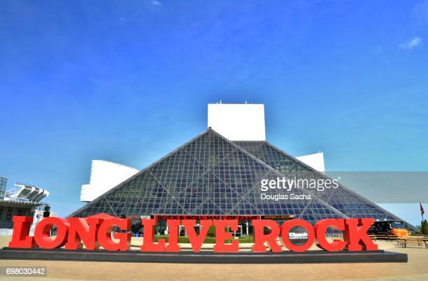 rock and roll hall of fame and museum - rock and roll hall of fame cleveland stock photos and pictures