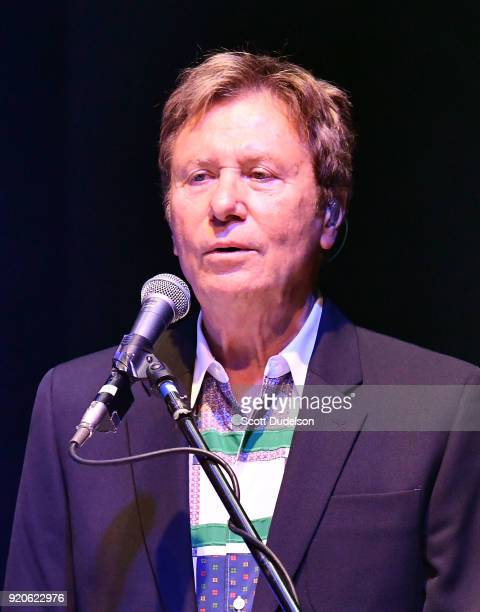 Rock and Roll Hall of Fame member Robert Lamm cofounder of the band Chicago performs onstage at the Thousand Oaks Civic Arts Plaza on February 18...