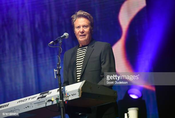 Rock and Roll Hall of Fame member Robert Lamm founding member of the classic rock band Chicago performs onstage at The Forum on June 15 2018 in...