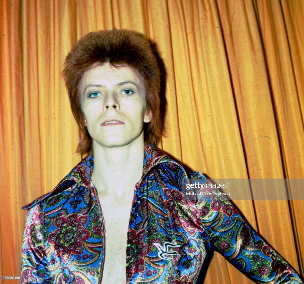 "Bowie As ""Ziggy Stardust"" In NY : News Photo"