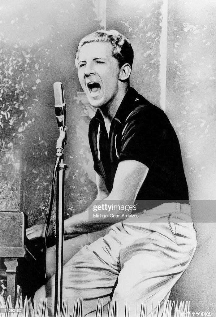 Rock and roll singer Jerry Lee Lewis : News Photo