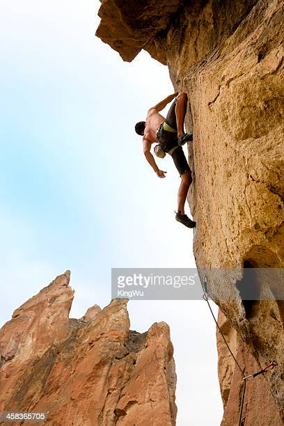 rock climber up on the way - smith rock state park stock pictures, royalty-free photos & images