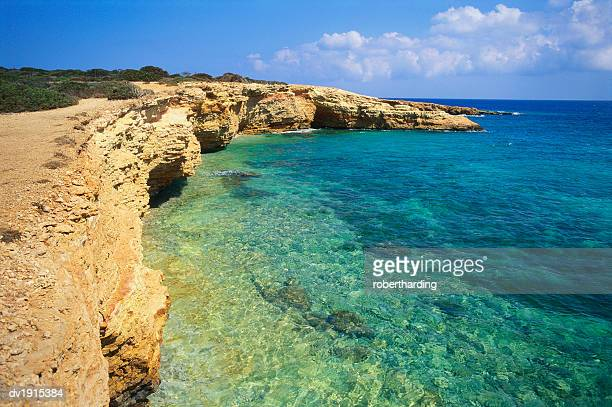 rock formations, koufounissia, cyclades, greece - travel14 stock pictures, royalty-free photos & images
