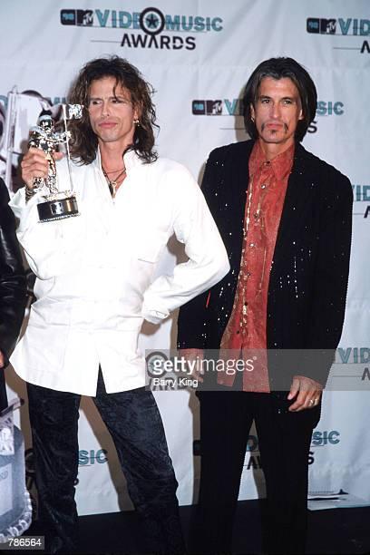 Rock Group Aerosmith member Steven Tyler holds his award at the MTV Video Music Awards September 10, 1998 in Los Angeles, CA. Aerosmith won after...