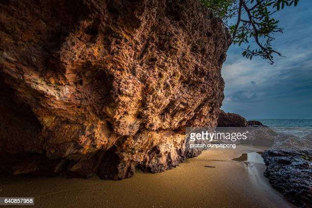rock hill on the beach - chanthaburi sea stock pictures, royalty-free photos & images