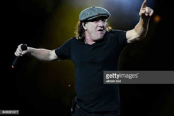 AC/DC Rock or BustOpen Air TourAC/DC besteht aus Angus Young Brian Johnson Stevie Young Cliff Williams und Chris Slade auf der Jahnwiese...