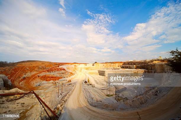 rock quarry Kulissen