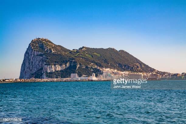 rock sf gibraltar - ジブラルタルの岩山 ストックフォトと画像