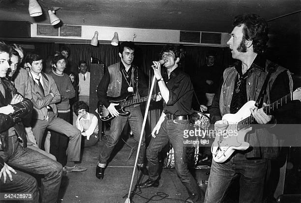 Rockband `The Wild Angels' bei einem Auftritt im Jugendclub Centrum 2000 in Berlin 1968