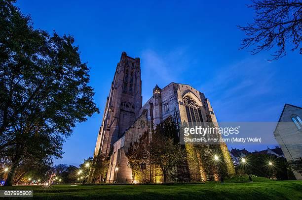 rockefeller chapel sunrise - シカゴ大学 ストックフォトと画像
