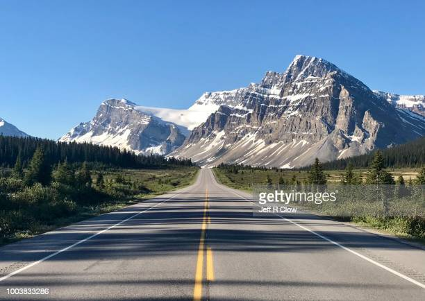rockies road trip - canadian rockies stock pictures, royalty-free photos & images