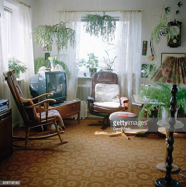 rocking-chair in a living room skane sweden - kitsch stock pictures, royalty-free photos & images