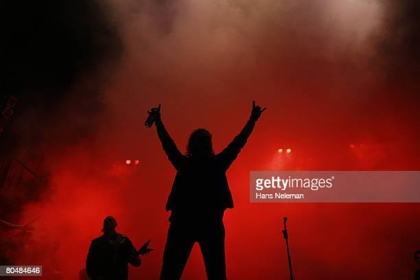 Rock?n roll singer