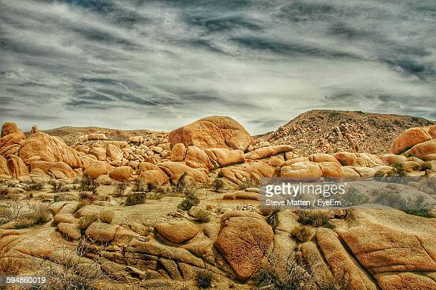 rocks at joshua tree national park - steve matten stock pictures, royalty-free photos & images