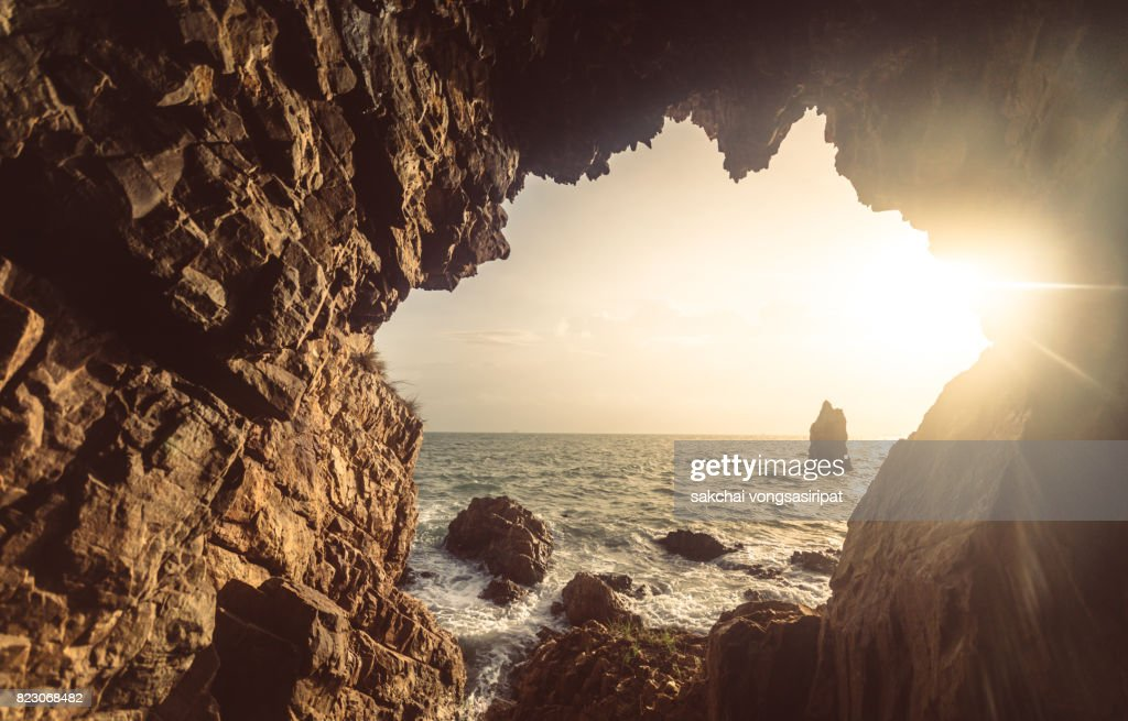 Rocks On The Beach Against Sky During Sunset : Stock Photo