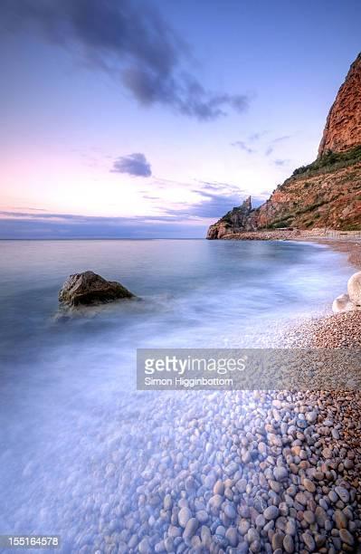 rocks & pebbles, moraira, costa blanca, spain - simon higginbottom stock pictures, royalty-free photos & images
