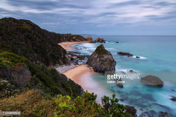 rocky coastline in australia - coastline stock pictures, royalty-free photos & images