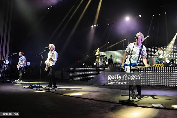 Rocky Lynch Ross Lynch Rydel Lynch Riker Lynch and Ellington Ratliff of R5 perform at the Mizner Park Amphitheatre on July 8 2015 in Boca Raton...
