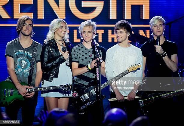 HOLLYWOOD CA MAY 13 Rocky Lynch Rydel Lynch Ross Lynch Ellington Ratliff and Riker Lynch of R5 perform at the 2014 MDA show of strength telethon at...