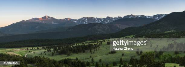 rocky mountain national park - front range mountain range stock pictures, royalty-free photos & images