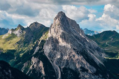 Rocky mountain peak 904856396