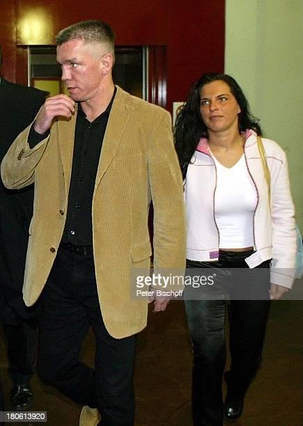 Rocky und Freundin Eileen Kuhnert auf dem Weg zum Gerichtssaal Amtsgericht Berlin Deutschland Europa Moabit Prozess