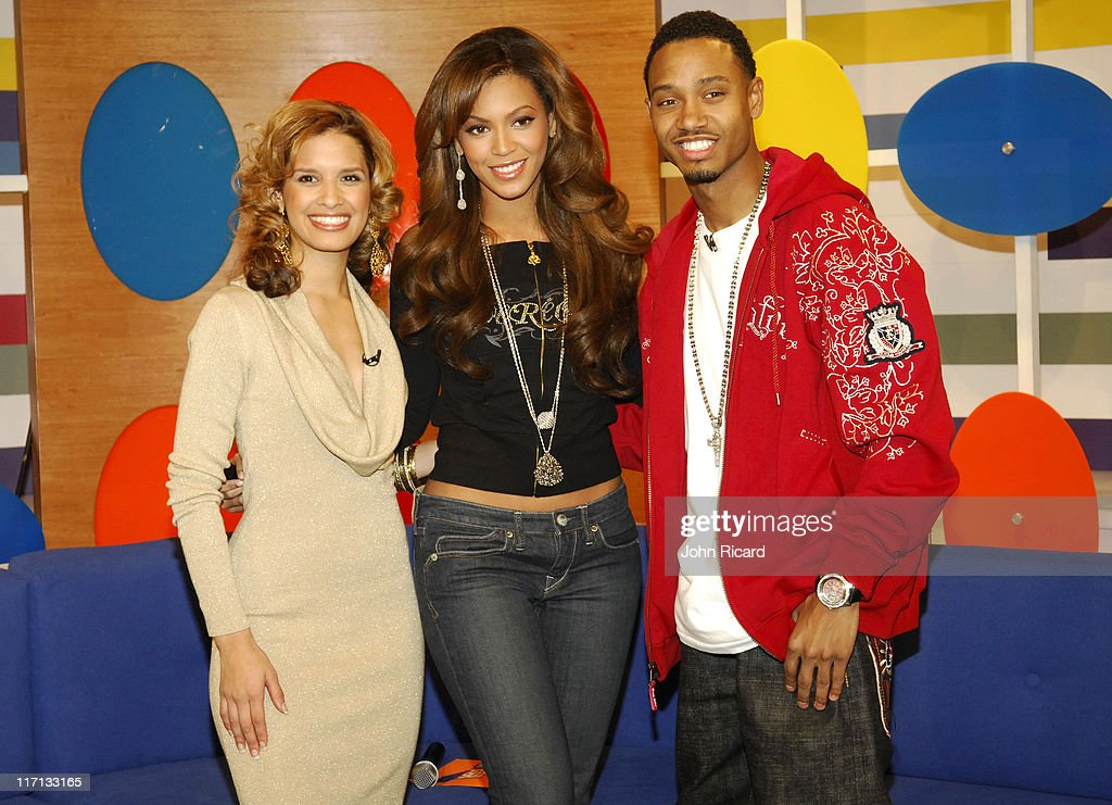 Beyonce Knowles Visits BET's 106 & Park - December 4, 2006 : News Photo