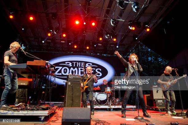 Rod Argent Jim Rodford Steve Rodford Colin Blunstone and Tom Toomey of The Zombies perform onstage during Day 1 of the 50th Festival D'ete De Quebec...