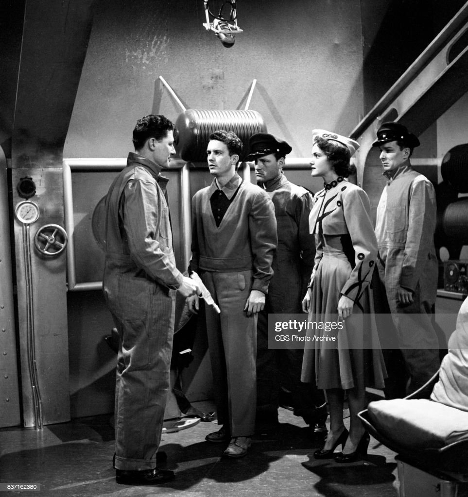 'Rod Brown of the Rocket Rangers' the CBS television science fiction series, broadcast live. Pictured the cast including Cliff Robertson (as Ranger Rod Brown), second from left and actress Shirley Standlee, fourth from left. Premiere episode titled: Operation Decoy. New York, NY.