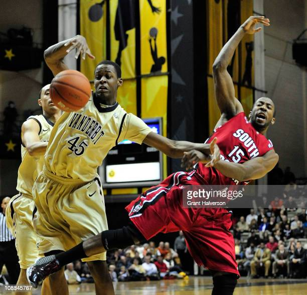 Rod Odom of the Vanderbilt Commodores battles Malik Cooke of the South Carolina Gamecocks for a rebound at Memorial Gym on February 5 2011 in...