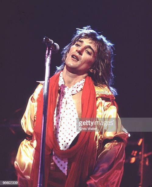 Rod Stewart 1975 in The Faces