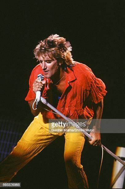 Rod Stewart live at Nippon Budokan Tokyo May 1981