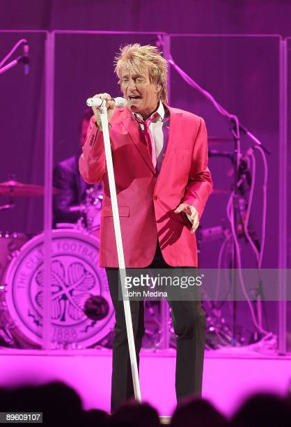 Rod Stewart performs at HP Pavilion on August 4 2009 in San Jose California