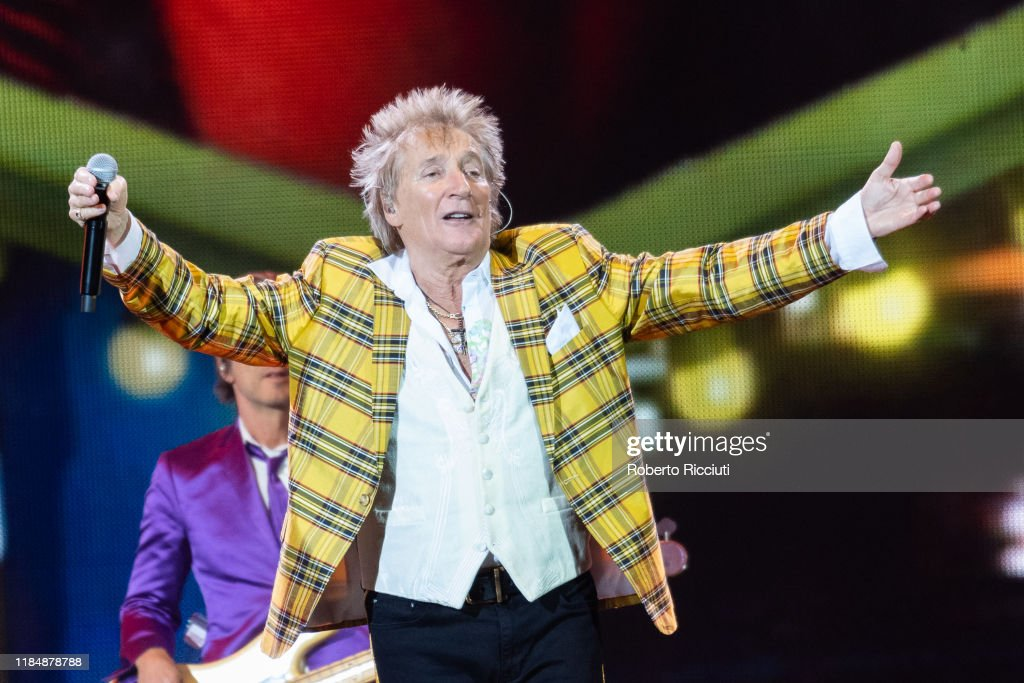 Rod Stewart Performs At The SSE Hydro, Glasgow : News Photo