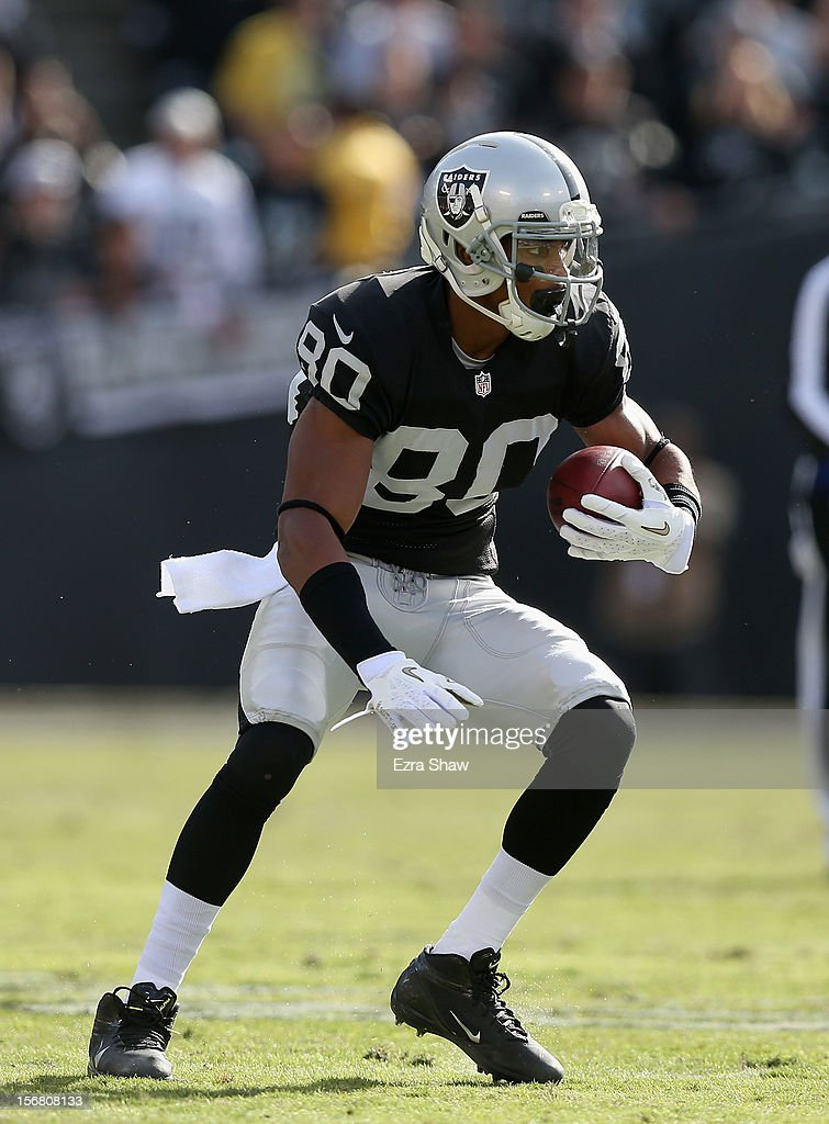 Rod Streater #80 of the Oakland Raiders in action against the New Orleans Saints at O.co Coliseum on November 18, 2012 in Oakland, California.
