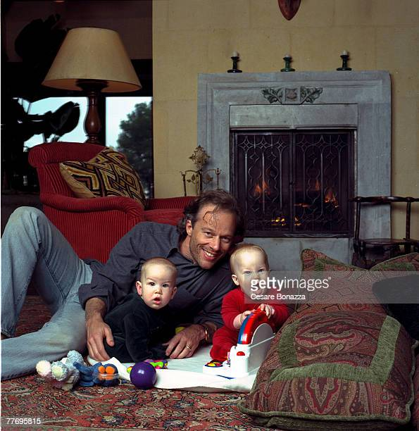 Rod Stryker with twins Jaden and Theo Private home in Beverly Hills Cheryl Tiegs Self Assignment May 4 2002 Beverly Hills California