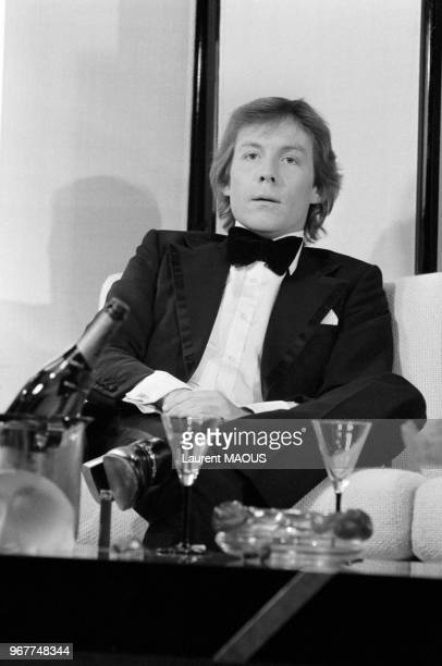 Roddy Llewellyn journaliste britannique et présentateur de télévision dans une émission de télévision le 23 février 1978 à Paris France