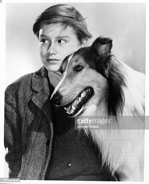Roddy McDowall and Lassie in publicity portrait for the film 'Lassie Come Home' 1943