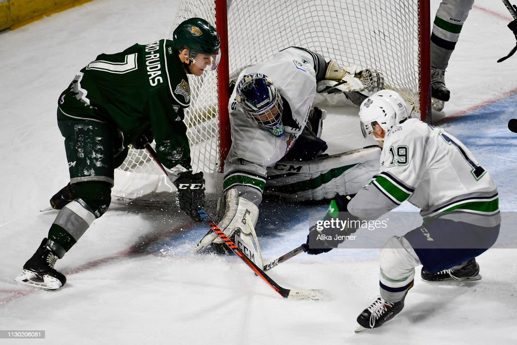 WA: Everett Silvertips v Seattle Thunderbirds